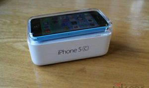 IPhone 5C   Factory Unlocked + box and accessories + 30 day warranty for Sale in Falls Church, VA