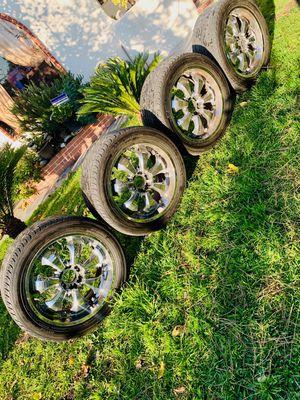 Photo 22 rims and tires 6 lug universal