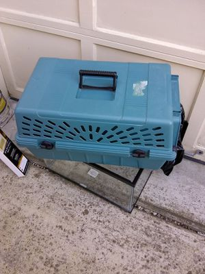 Plastic pet kennel for Sale in Fort Belvoir, VA