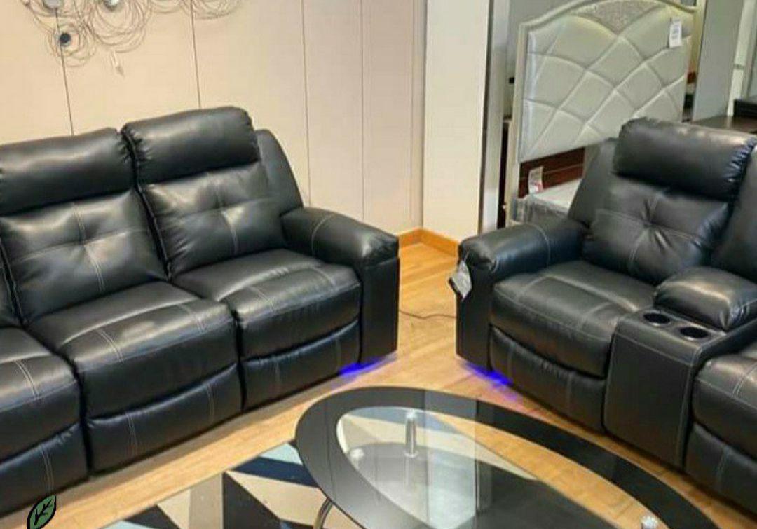 SPECIAL] Kempten Black LED Reclining Living Room Set