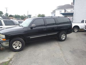 2004 Chevrolet Suburban 1500 4WD 112 K miles 3 Rd Row Seat ONE OWNER for Sale in Falls Church, VA