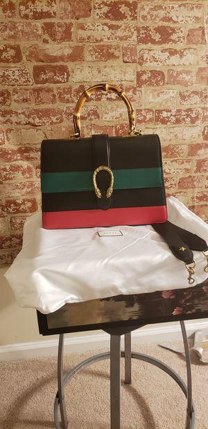 Gucii crossbody handbag for Sale in Hyattsville, MD