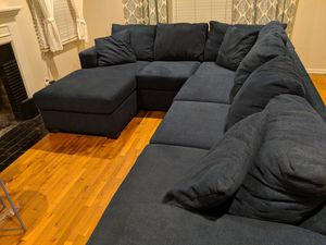 Sectional Couch LIKE NEW Blue Sofa w/ chaise for Sale in Los Angeles, CA