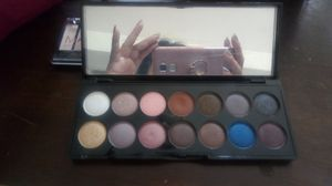 Eyeshadow palette for Sale in Puyallup, WA