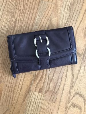 Plum clutch/ wallet for Sale in Darnestown, MD