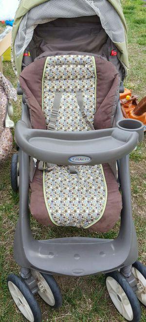Graco stroller for Sale in Petersburg, VA