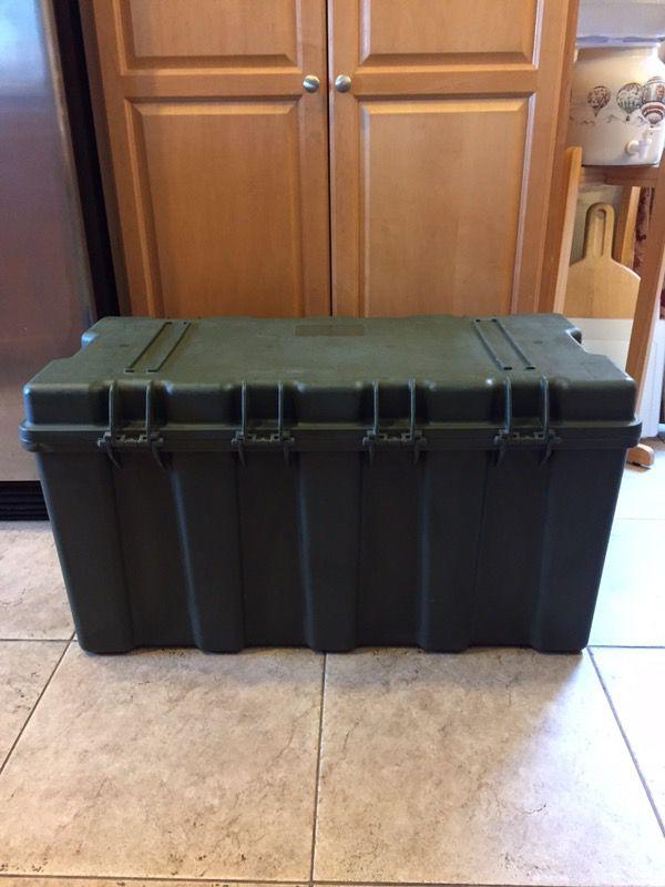 Hardigg TL500i Foot Locker Trunk Military Storage Case OD