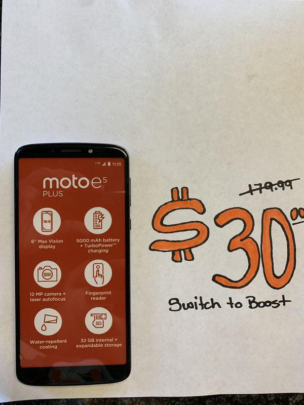 Motorola e5 Plus for Sale in Bakersfield, CA - OfferUp