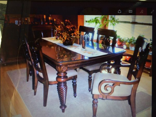 Beautiful Tommy Bahama Lexington Furniture Dining Table And 6 Chairs For Sale In East Hampstead Nh Offerup