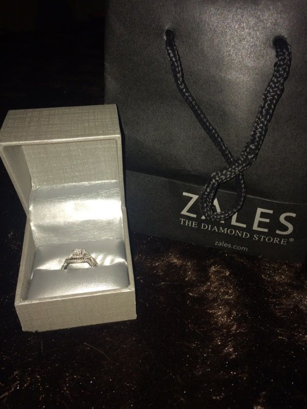 Diamond Gold Wedding Ring Zales Receipt Box Bag Jewelry Accessories In Jacksonville Fl Offerup