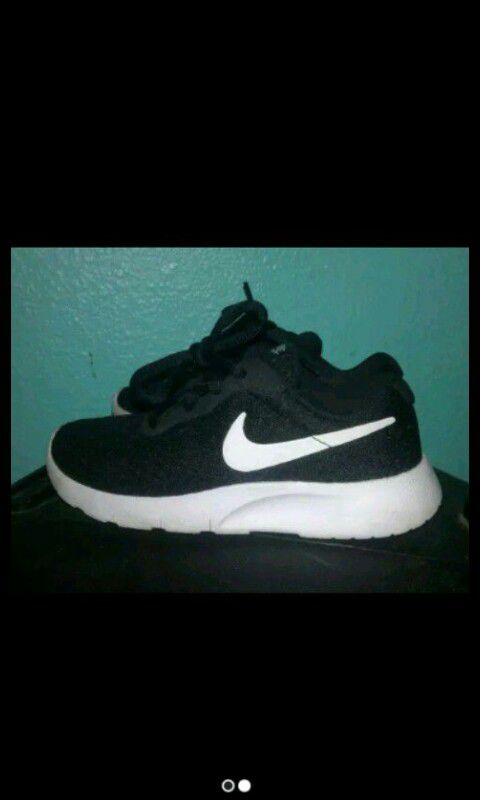 f3217098c1e7 11C Nike Roshes for Sale in Fort Worth