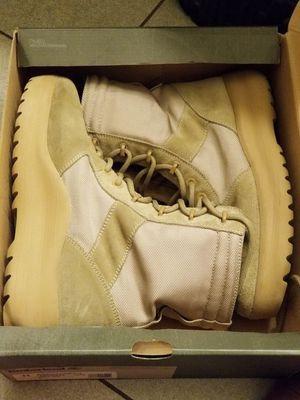 Yeezy boots season 3 size 11 (44) for Sale in Arlington, VA