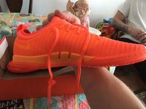 Men's indoor soccer shoes size 9 Brand New for Sale in Glen Burnie, MD