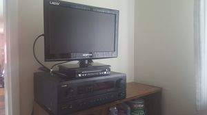 Tv ,amplificador and CD player for Sale in Silver Spring, MD