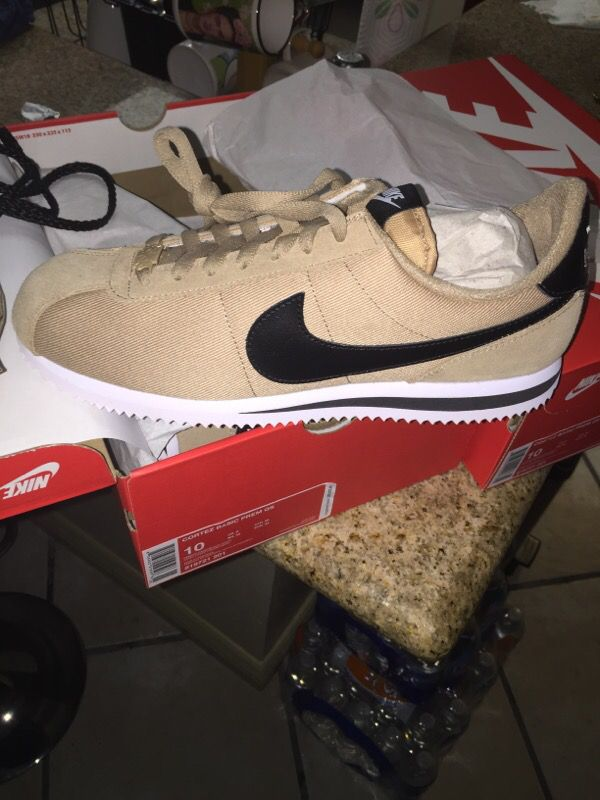 NIKE AIR FORCE 1 LOW PREMIUM via Sneakerloungeusa Buy it