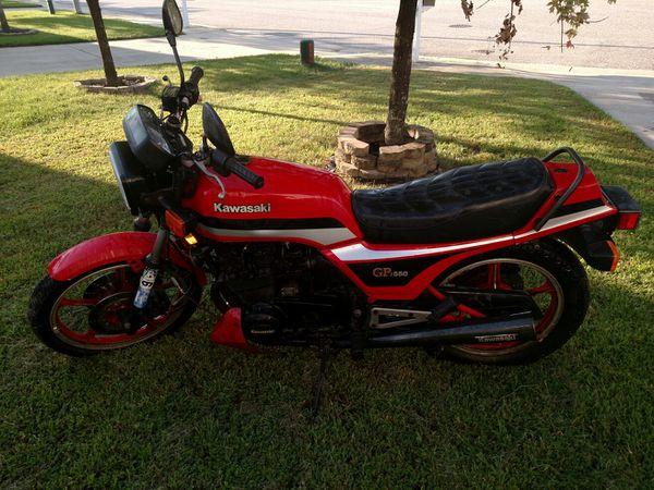 1982 kawasaki gpz550 - parts only bike