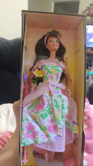 Spring petals barbie - vintage collectable for Sale in Pittsburgh, PA