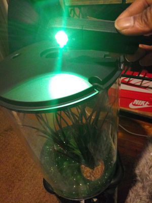 Led fish tank 6 changing colors for Sale in Oxon Hill, MD