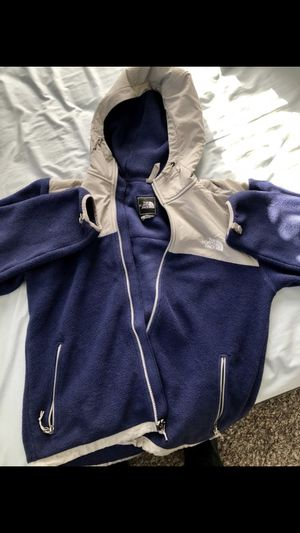 124ed98bf7c Tommy Hilfiger Sweater for Sale in Glendale Heights