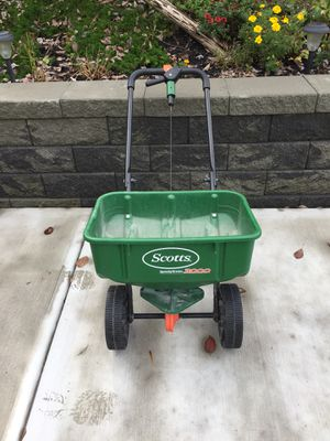 Scotts seed spreader for Sale in Pittsburgh, PA