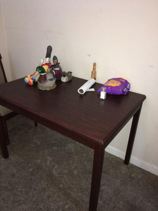 Mesa de comedor usada (Furniture) in Dallas, TX - OfferUp