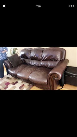 Couch (Italian leather) for Sale in Newington, CT