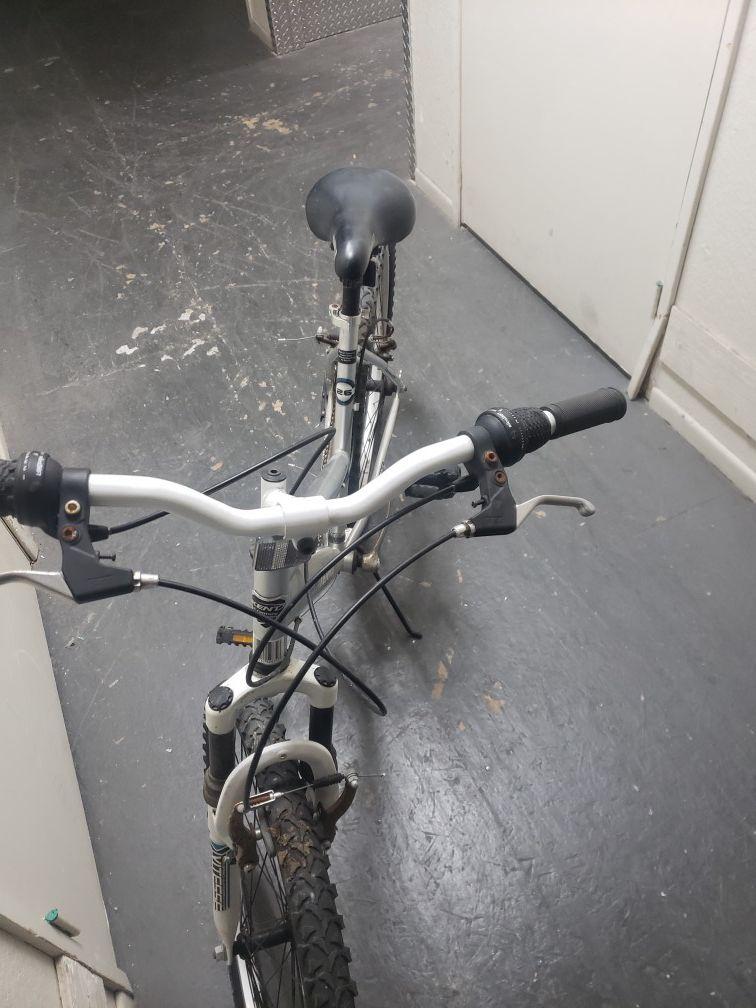 Bicycle 2.6 terra.