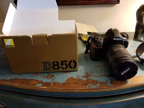 *NEW* Nikon D850 with AF-S 28-300mm lens for Sale in Tomball, TX - OfferUp