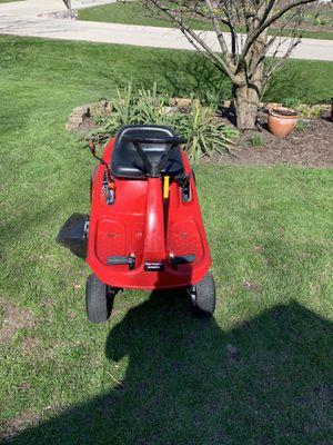 Photo Beautiful Honda 1011 riding lawn mower