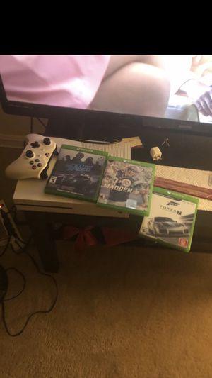Xbox 1 1tb for Sale in Alexandria, VA