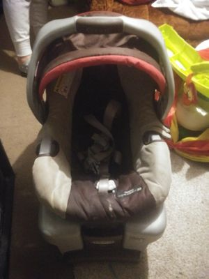 Baby Car Seat For Sale In Topeka KS