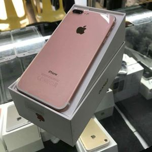 IPhone 7 Plus, Factory unlocked, Excellent condition for Sale in Springfield, VA