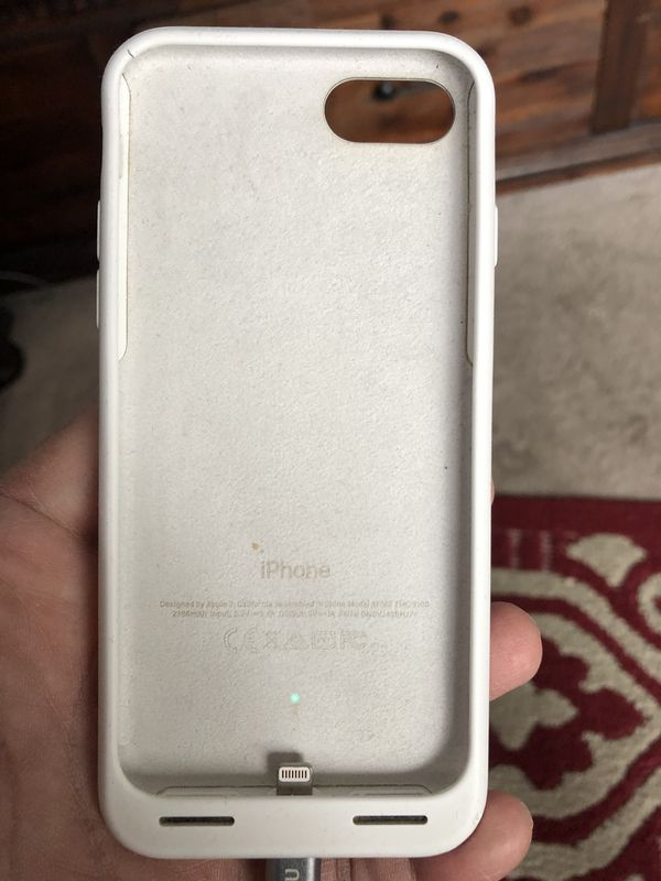new concept b18bd 8e181 Apple IPhone 7/8 smart battery case in white for Sale in Phoenix, AZ -  OfferUp