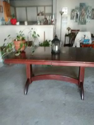 """Solid wood dining table 62"""" l 42"""" w for Sale in Nashville, TN"""