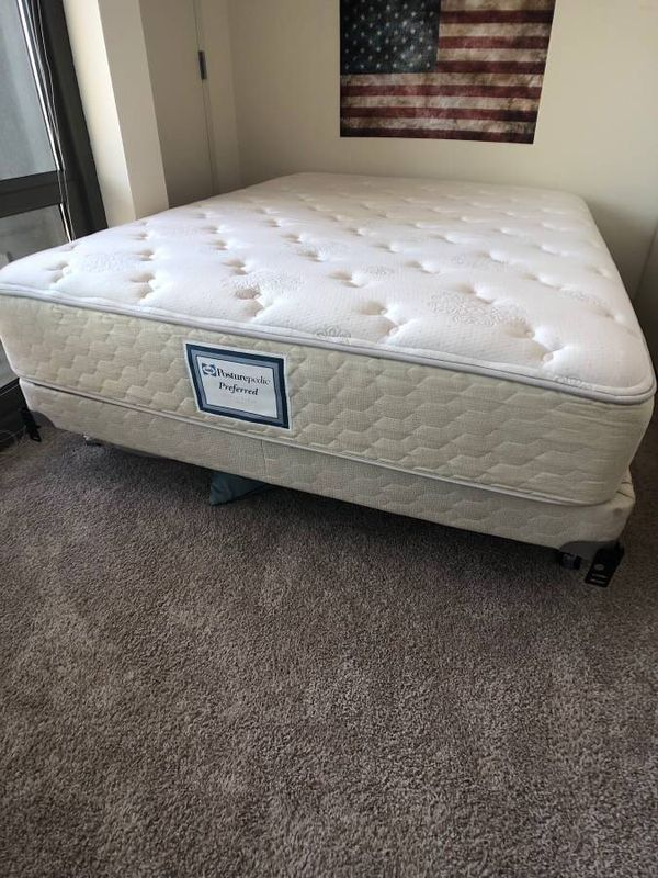 Queen Size Sealy Posturepedic Preferred Canoe Ridge Firm