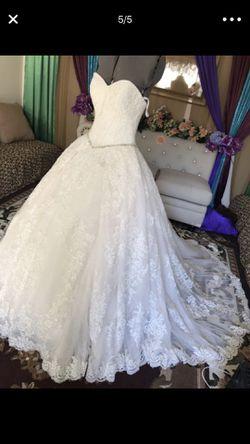 Wedding dress size 2 Thumbnail