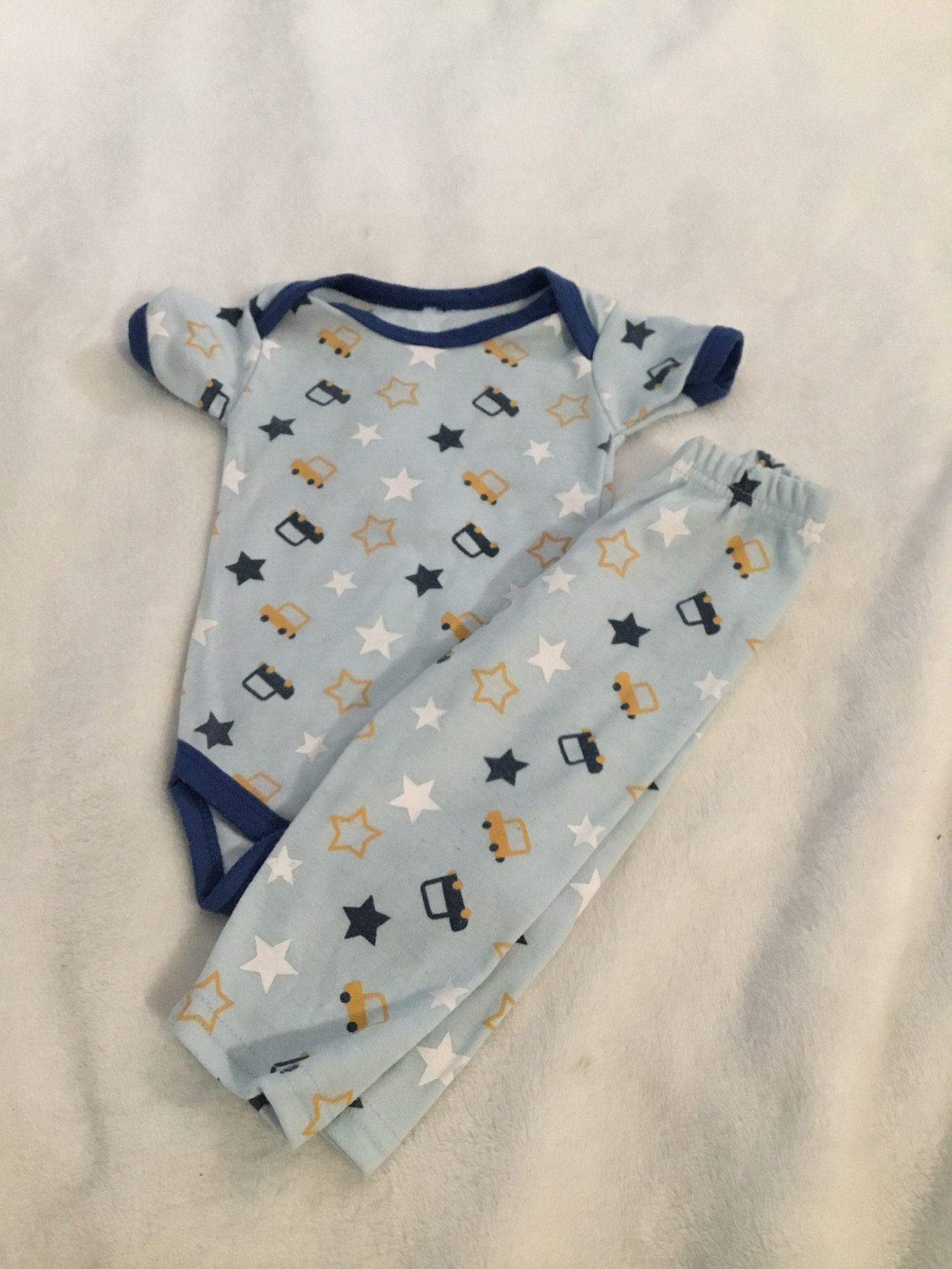 Set great condition for baby size 0-3 months 💖💖👶👶❤️b