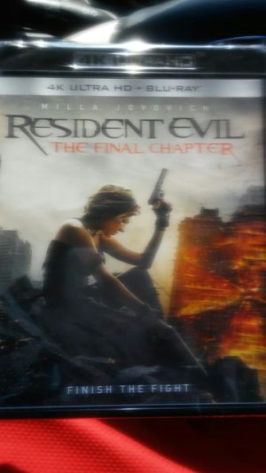 Resident evil the final chapter for Sale in Dallas, TX