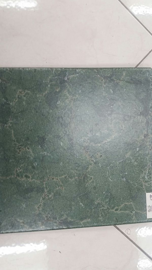 Emerald Color Cushioned Edge Floor And Wall Tile For Sale In Elk - Daltile elk grove village il