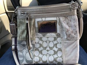 Coach poppy collection purse for Sale in Inwood, WV