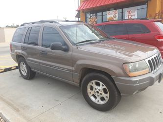 2004 Jeep Grand Cherokee Thumbnail
