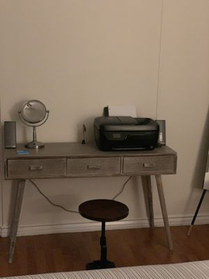 Used Desk For Sale >> New And Used Desk For Sale In Los Angeles Ca Offerup