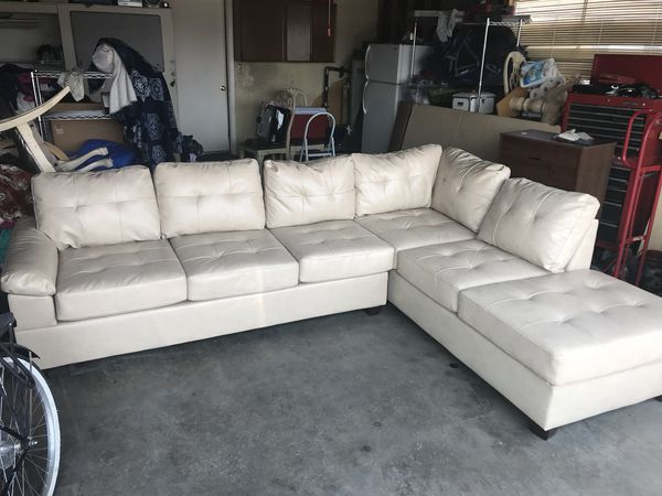 Couch Sectional For Sale In Las Vegas Nv Offerup
