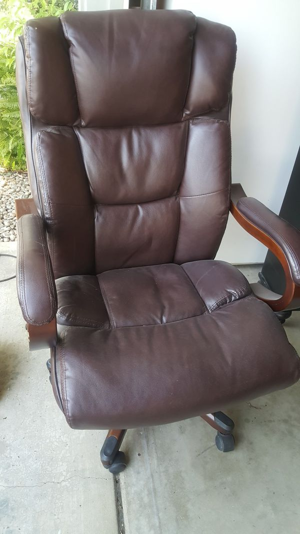 Broyhill Executive Leather Desk Chair