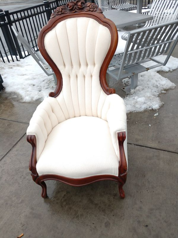 Antique Victorian Chair made by Carlton McClendon (Antiques) in McDonald,  PA - OfferUp - Antique Victorian Chair Made By Carlton McClendon (Antiques) In
