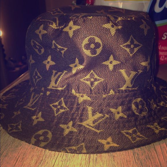 Louis Vuitton Bucket Hat In Arlington Tx Offerup. Louis Vuitton Multicore  Bucket Hat And 9 Similar Items S L1600 8c276419f0db