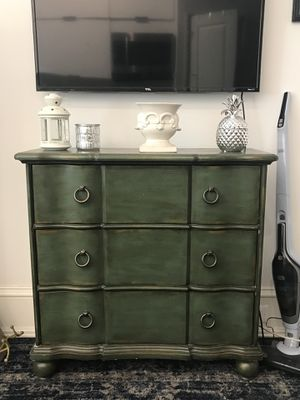3 Drawer Chest/Dresser for Sale in Washington, DC