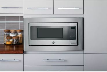 GE PROFILE 1.1 Cu. Ft. MID SIZE MICROWAVE IN STAINLESS STEEL Thumbnail