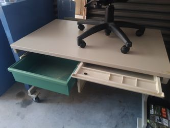 METAL INDUSTRIAL LAB COMPUTER OFFICE DESK ON WHEELS/CASTERS AND ERGONOMIC CHAIR Thumbnail