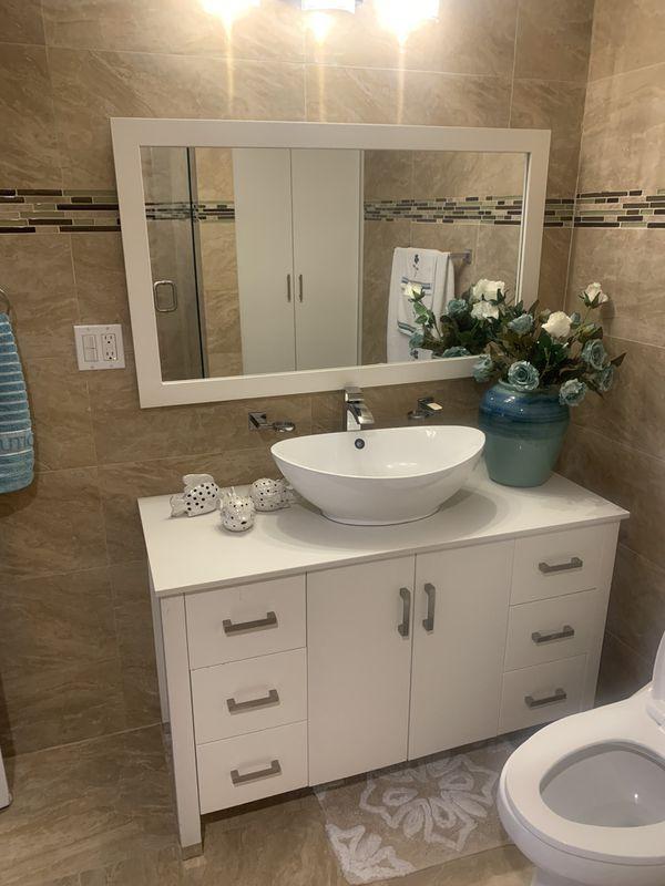 Bathroom vanity set for Sale in Miami, FL - OfferUp
